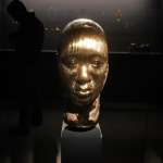Damien Hirst, Golden heads (Female)