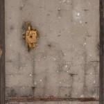 Francesca Leone  Monaci 5 - 2017 -  200x80cm - cemento ferro e materiali di recupero - crediti fotografici  Massimiliano Ruta