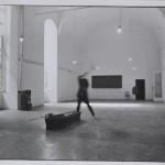 Mimmo Jodice, G. Pisani , la distruzione della propia bara, 1972, Courtesy Galleria M&D Arte, Gorgonzola