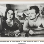 Dennis Hopper, Biker Couple, 1961, stampa digitale d'archivio, 50.8x76.2cm, © The Hopper Art Trust