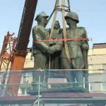 Polonia smantella il monumeto della gratidudine all'Armata Rossa