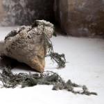 4 - Stefano Canto - Sd 2 (2017) Cemento, elementi organici (ph. Luisa Galdo)