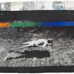 Robert Rauschenberg Senza titolo, 1988. Firmato Rauschenberg 88, firmato sul verso Gorgoni, acrilico e trasferimento con solvente su ingrandimento fotografico di Gianfran- co Gorgoni (1941), stampa su tela, cm 185 x 322. Collezione privata © Richard Hamilton by SIAE 2018.