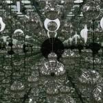Yayoi Kusama, Infinity Mirrored Room. Let's Survive Forever © Yayoi Kusama